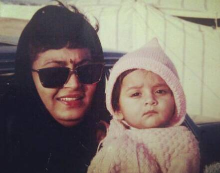 Tejasswi Prakash Childhood pic with her Mother