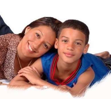 Jan Luis Castellanos Childhood Pic with his mother